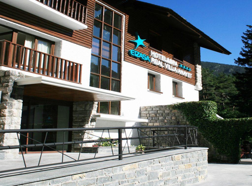 anayet-hotel