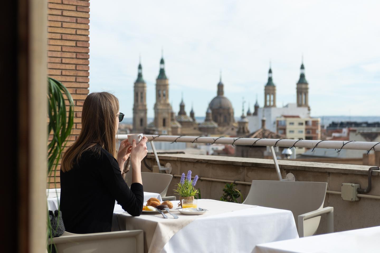 Aparthotel Los Girasoles: apartamentos de larga estancia en Zaragoza