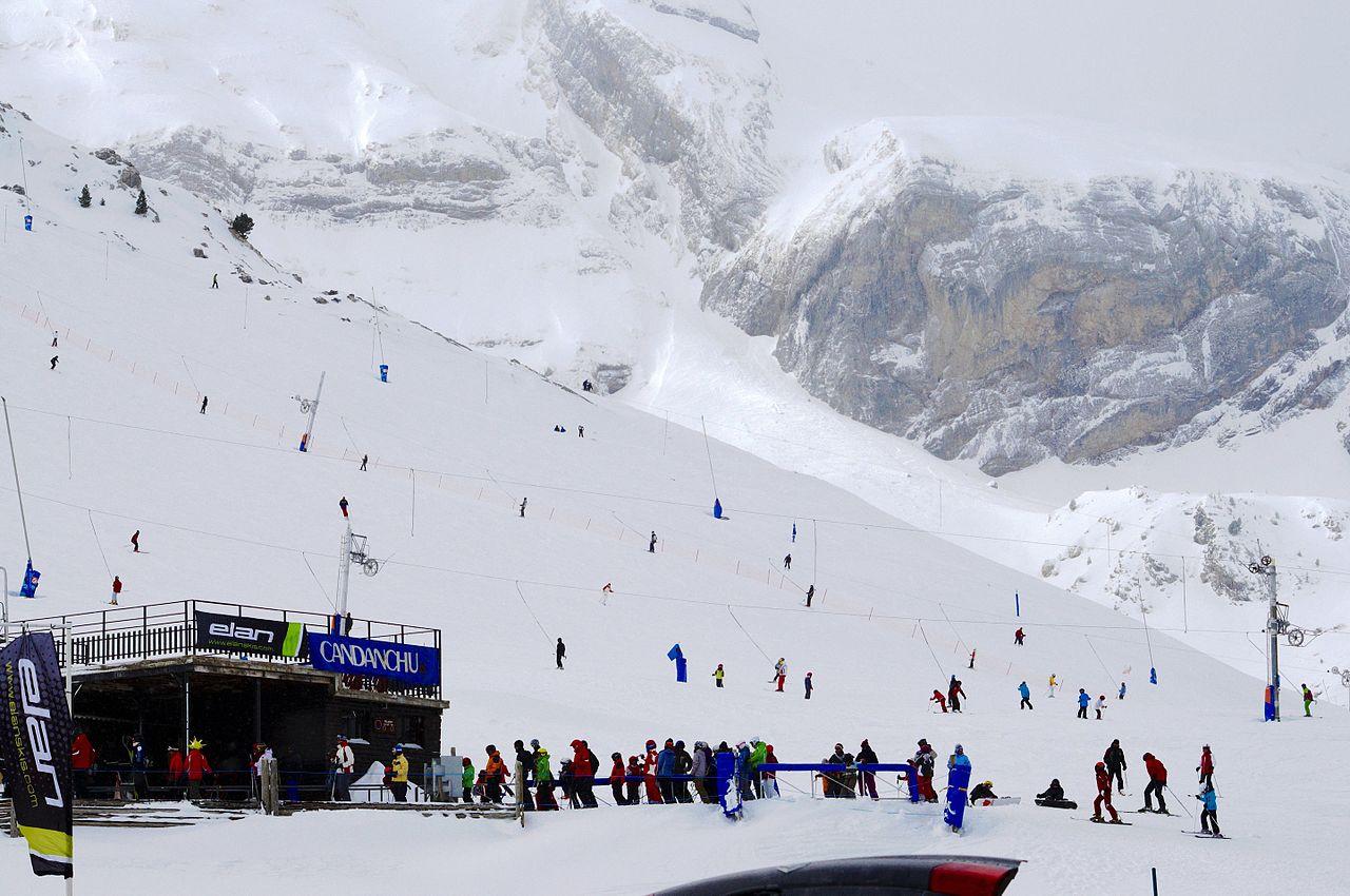 Disfrute de un fin de semana de esquí en Candanchú